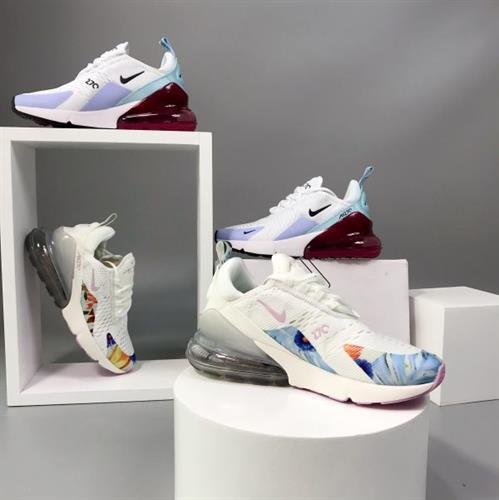נעלי נייק אייר 270 בצבעים קייצים