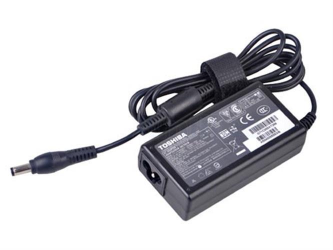 מטען מקורי למחשב נייד טושיבה TOSHIBA PORTEGE R930 R935 ULTRABOOK Z830 Z835 Z930 Z935 Ac Adapter