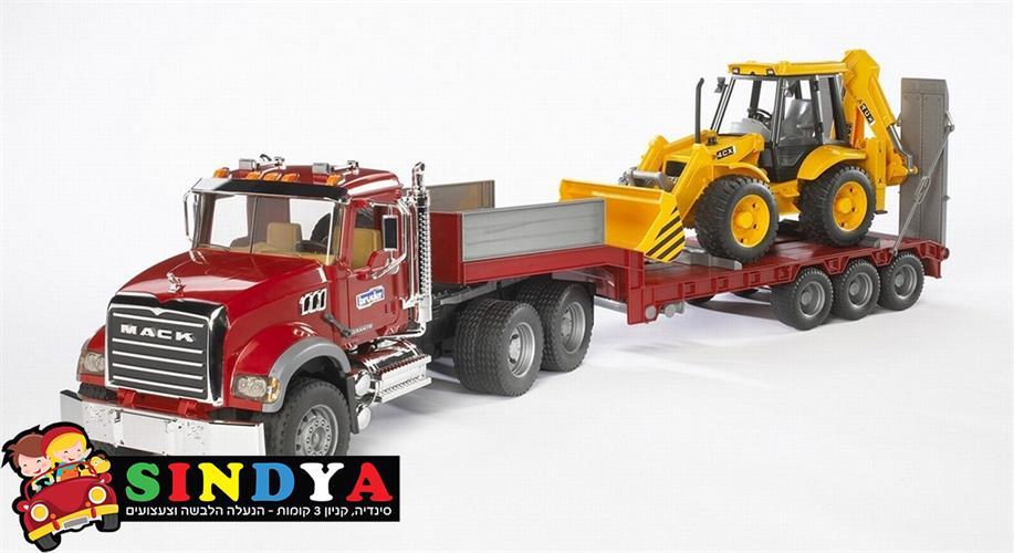 משאית MACK גוררת טרקטור JCB4CX 02813 – BRUDER