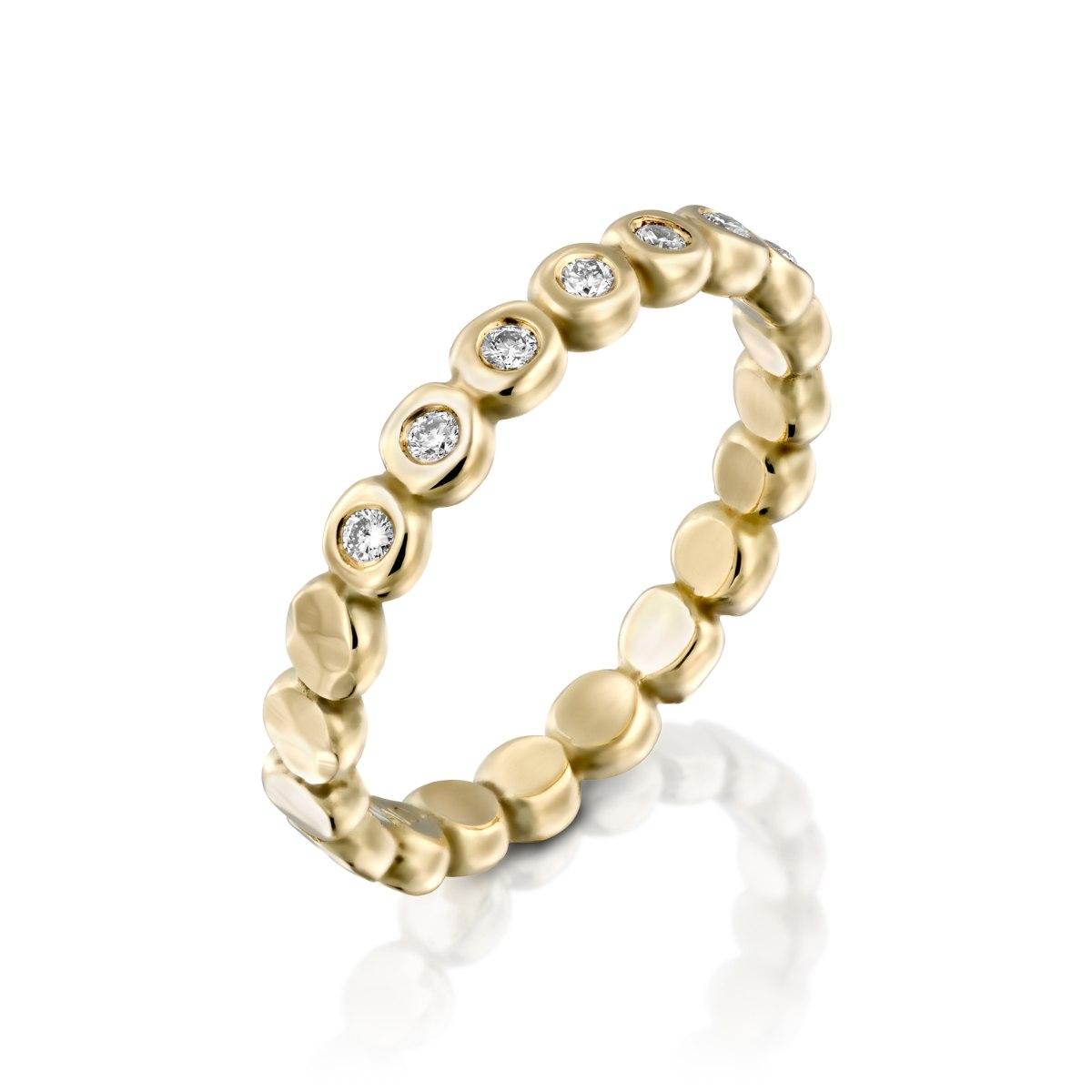 טבעת זהב 14 קרט צהוב סוכריות מרוקעות משובצת יהלומים נועה טריפ noa tripp