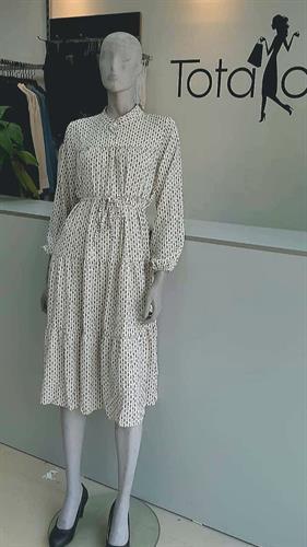 שמלת שוס
