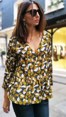 חולצת ברטה פריזאית - גוון חרדל