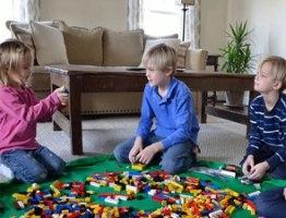 משטח פעילות לילדים משולב שק איסוף לצעצועים