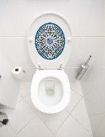 עיצוב איזור האסלה – מדבקה (39 ₪) שטיחון (88 ₪) סט (119 ₪) סנטוריני TIVA DESIGN
