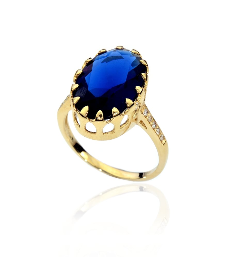 טבעת זהב ספיר ויהלומים