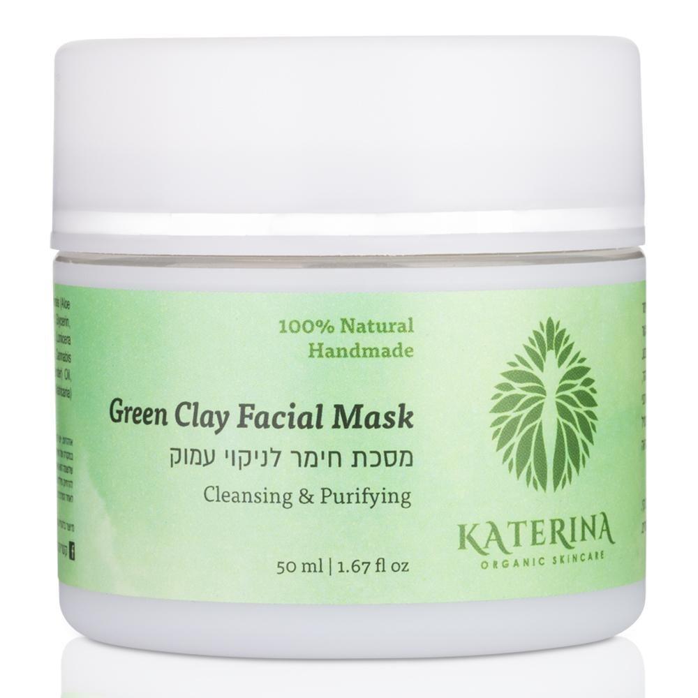 מסיכה ייחודית לניקוי עמוק וחידוש עור הפנים. מכילה חימר ירוק, חימר לבן ואצת למינריה.מנקה ומסירה את תאי העור המתים, ומזינה את העור בשפע במינירלים וויטמינים מהטבע. החימר סופח עודפי שומן ורעלים מנקבוביות העור, מטהר, ומסייע בכיווץ נקבוביות. המסיכה מועשרת בשמן המפ אורגני לשיקום עור פגוע וריפוי בעיות עור. אקסטרקט אלוורה וקמומיל אורגניים מרגיעים את העור, מ