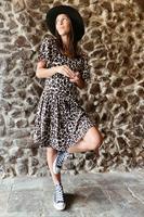 שמלת לוסי מנומרת אוברסייז