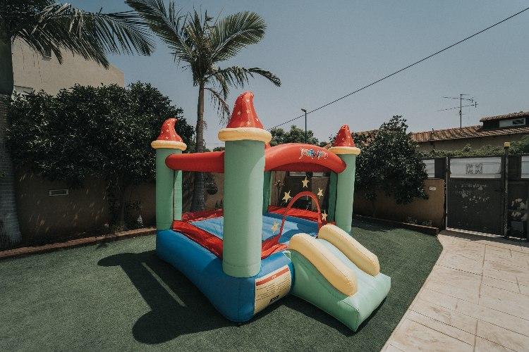מתקן קפיצה מתנפח טירת הקסמים - D2821 - Magic castle מבית Jumpy Jump העולמית-קפיץ קפוץ