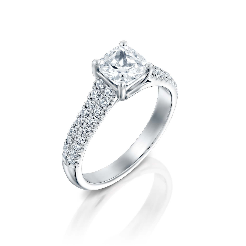 טבעת אירוסין זהב לבן 14 קראט משובצת יהלומים CELTIC WIDE PRINCES