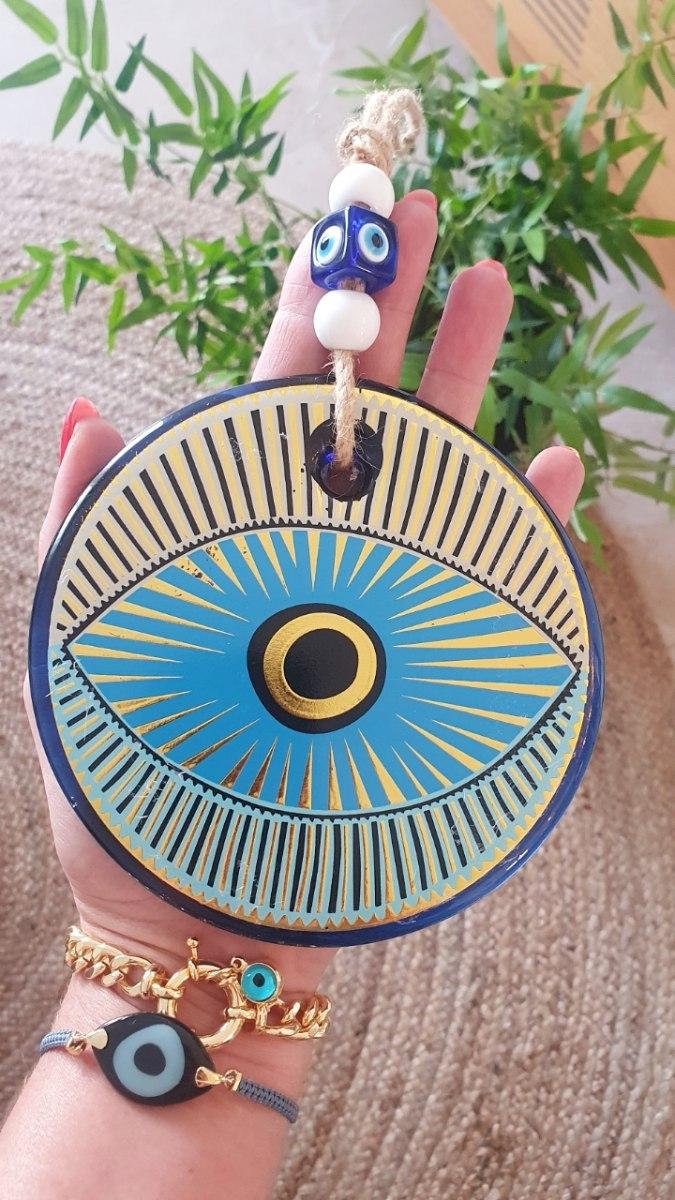 עין מעוטרת לתליה זהב/כחול