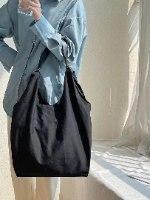 תיק צד קייטי שחור