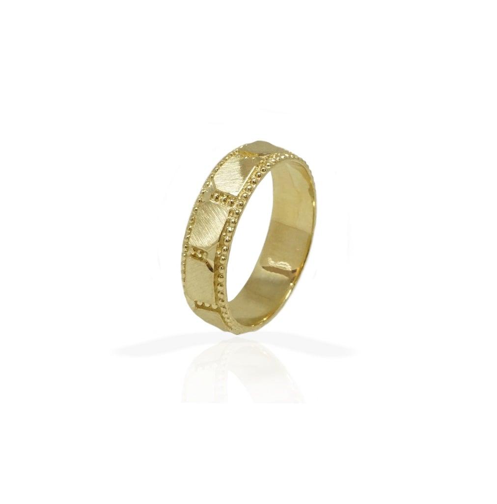 טבעת נישואין עם דוגמא מיוחדת