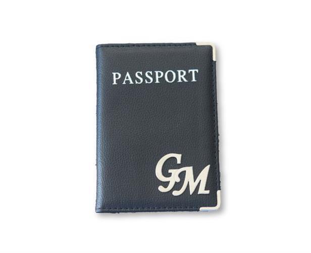 כיסוי לדרכון דמוי עור שחור וכסף