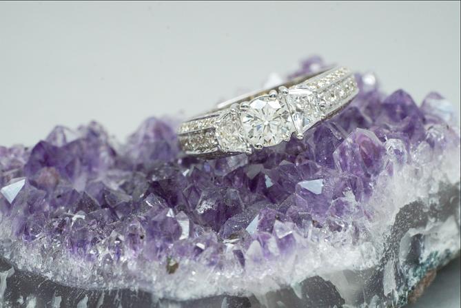 טבעת יהלומים בזהב 18 קראט 1.79