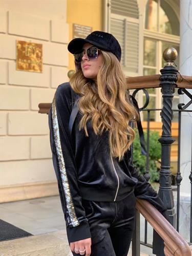 חליפת מיריקל black