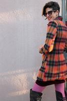 מעיל צמר משובץ בגווני כתום מידה L