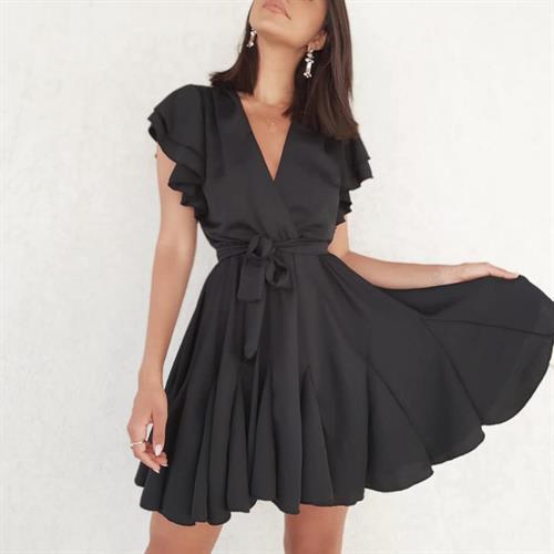 שמלת אגם - שחורה