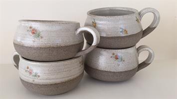 מגוון של כוסות קרמים ( זוג )  לקפה עבודת יד של אומנים מקומיים