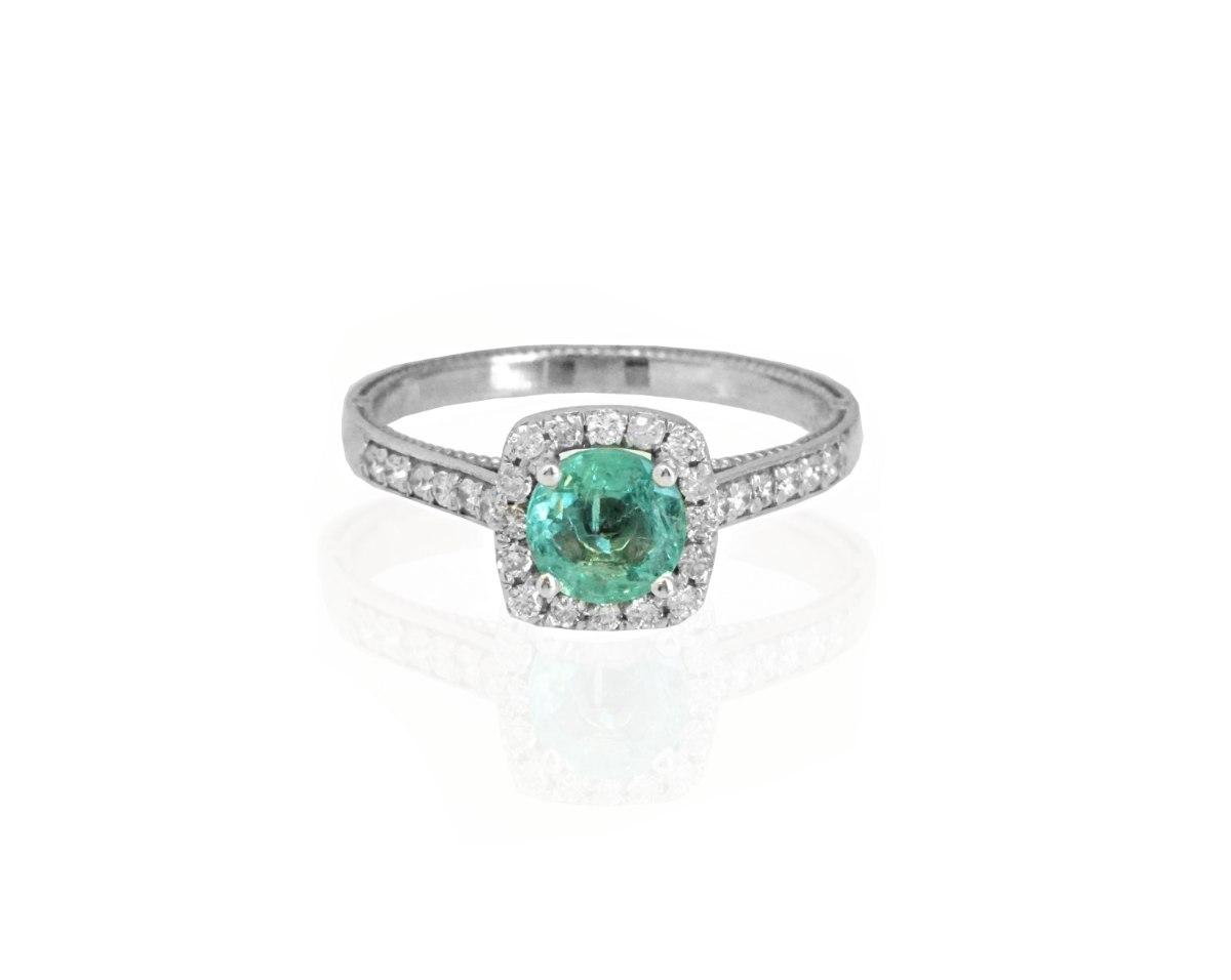 טבעת אמרלד עם יהלומים - טבעת מרובעת - טבעת זהב לבן מרובעת עם אמרלד ירוקה