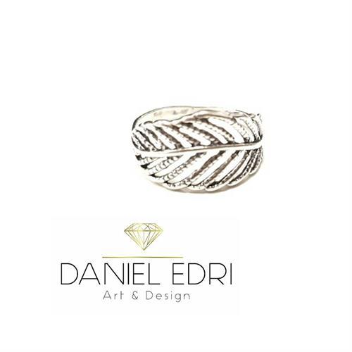 טבעת עלה חלולה