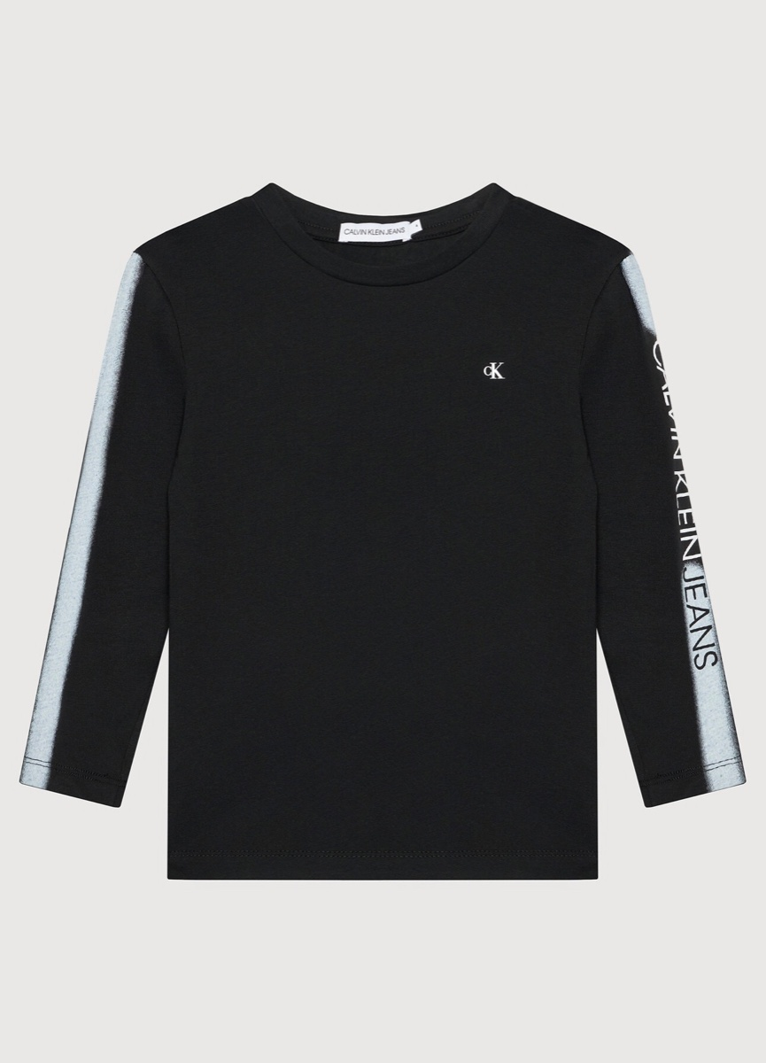 CALVIN KLEIN  טישרט שחורה שרוול ארוך לוגו לבן ביד מידות 4-16