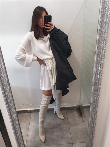שמלת גולף סריג - לבנה