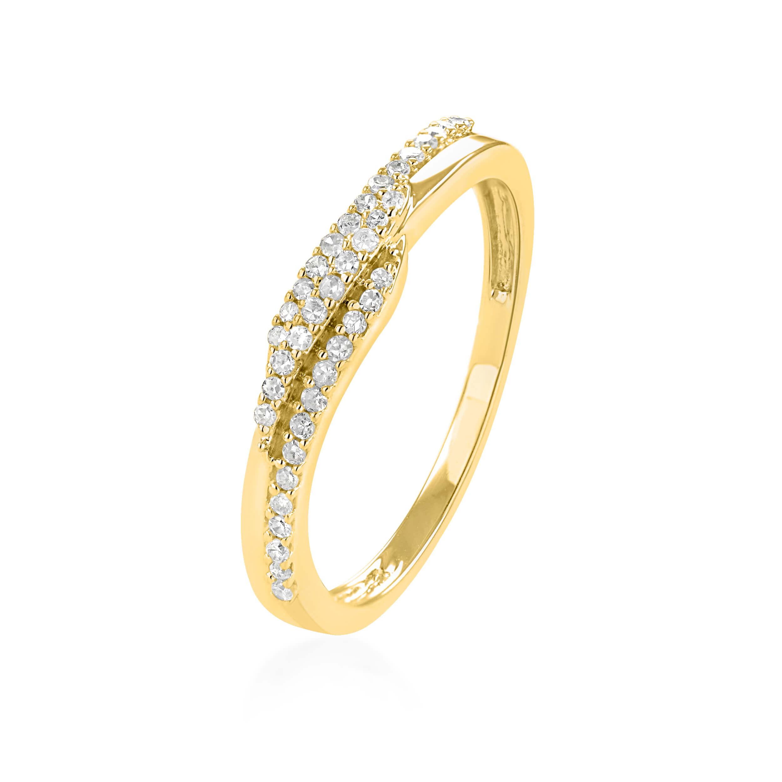טבעת זהב צהוב 14 קראט משובצת יהלומים