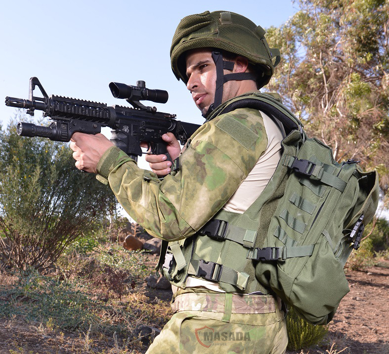 IDF vest with a releasable backpack