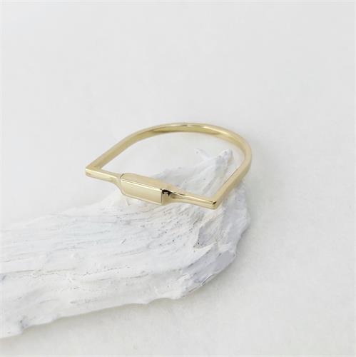 טבעת Square line זהב 14K