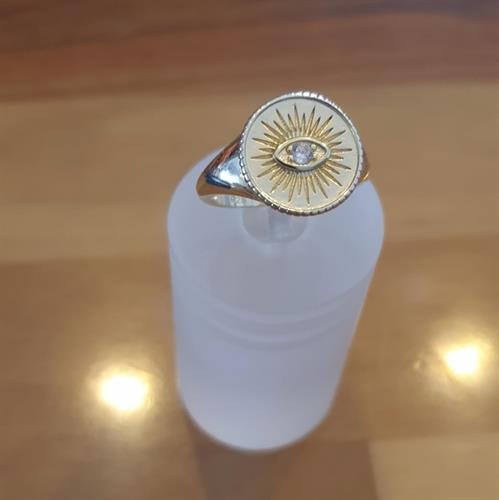 טבעת קלאסית עין וזרקון