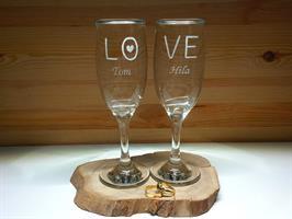 שמפניה של אהבה LOVE