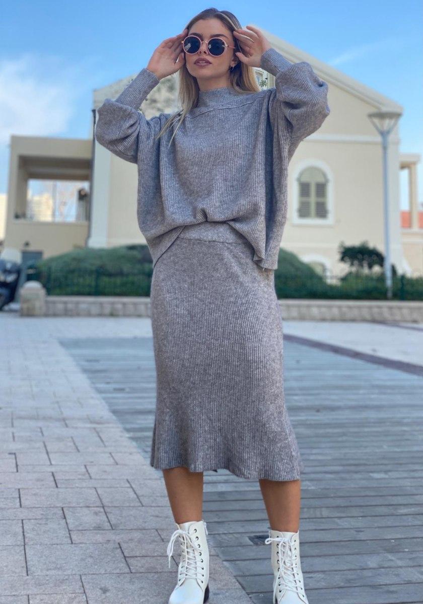 חליפת סריג חצאית דגם קייט אפור