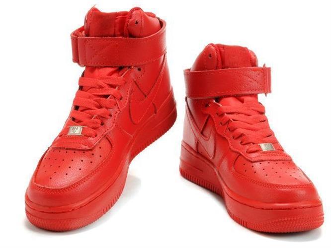 נעלי ספורט NIKE AIR FORCE ONE לנשים מידות 39-36