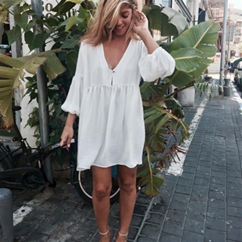 שמלת לינדה לבנה