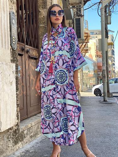 שמלת קוואלי סאטן מודפס תכלת סגול