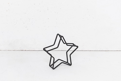 כוכב ברזל קטן שחור