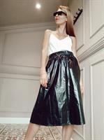 חצאית NYLON שחור + מסכת NYLON שחורה מתנה