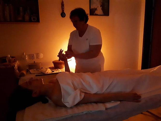 עיסוי שוודי רפואי אינטגרטיבי הוליסטי - פרלה היבנר כשגוף ונפש נפגשים