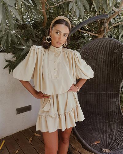 שמלת ג׳ודית - קרם בז׳