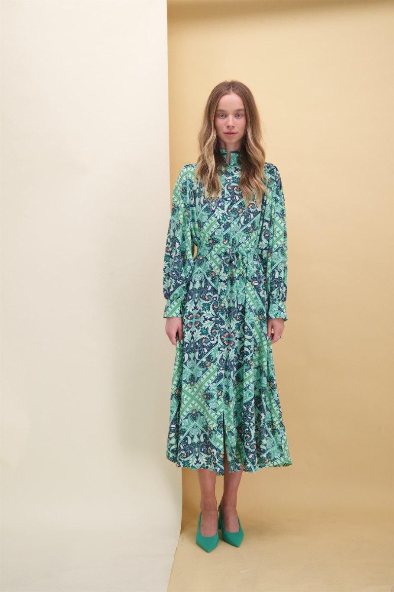 שמלת מוניקה