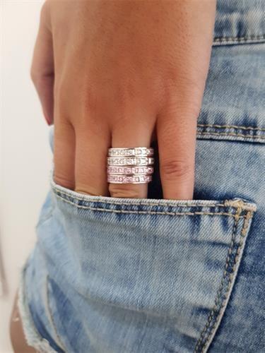 טבעת שורת אבנים
