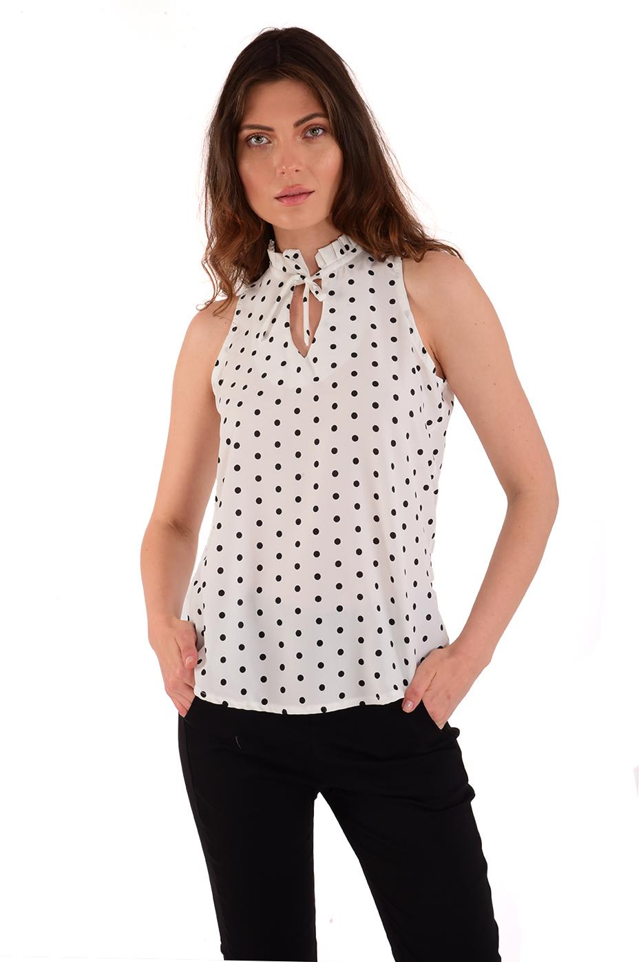 חולצת קייטלין לבן נקודות