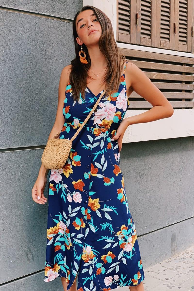 שמלת אניסטון כפתורים + קשירה בגב