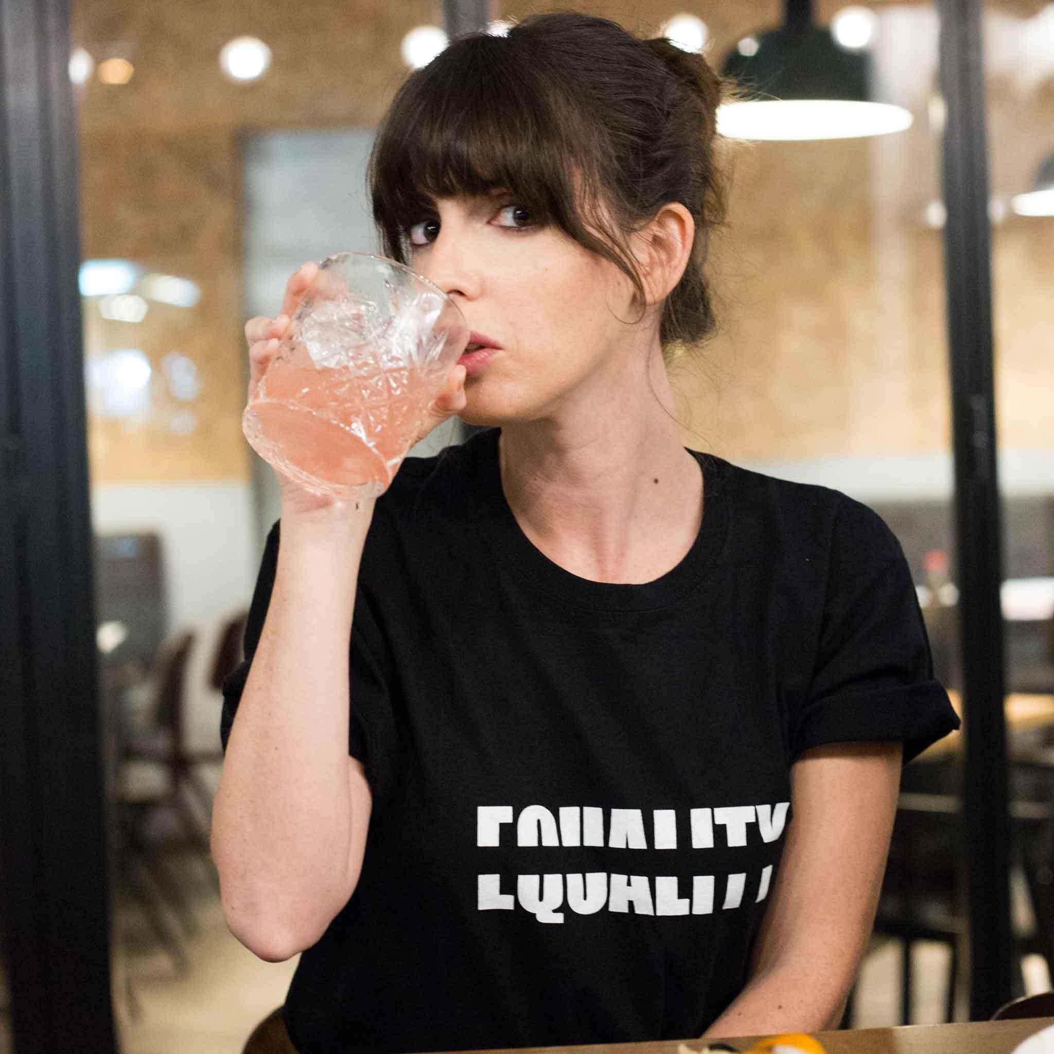 טי שירט יוניסקס Equality