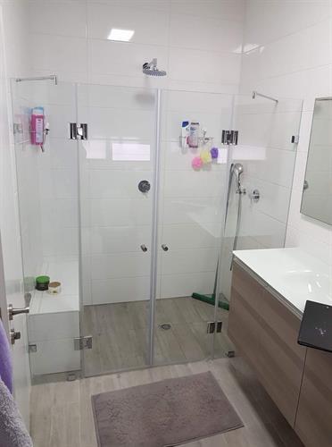 מקלחון חזית ונציה