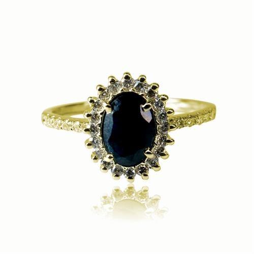 """טבעת זהב 14 קרט """"דיאנה"""" משובצת יהלום שחור מרכזי ויהלומים 0.75 קראט"""
