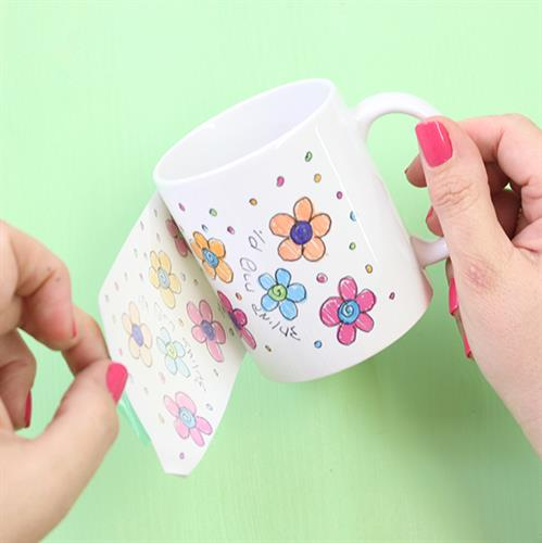 A family workshop for making cups
