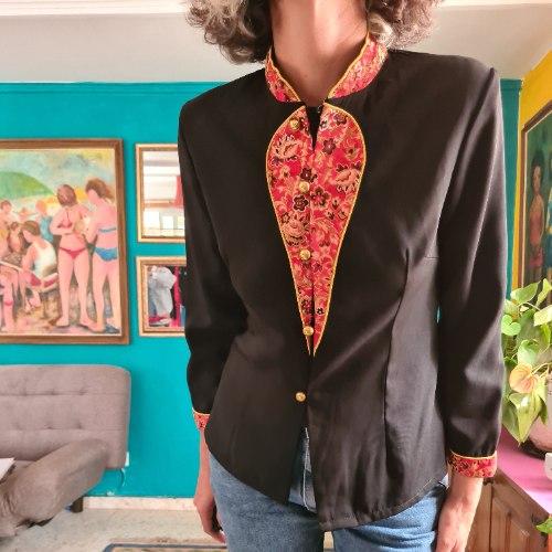 (עוד) חולצה סינית יפהפייה מידה M/L