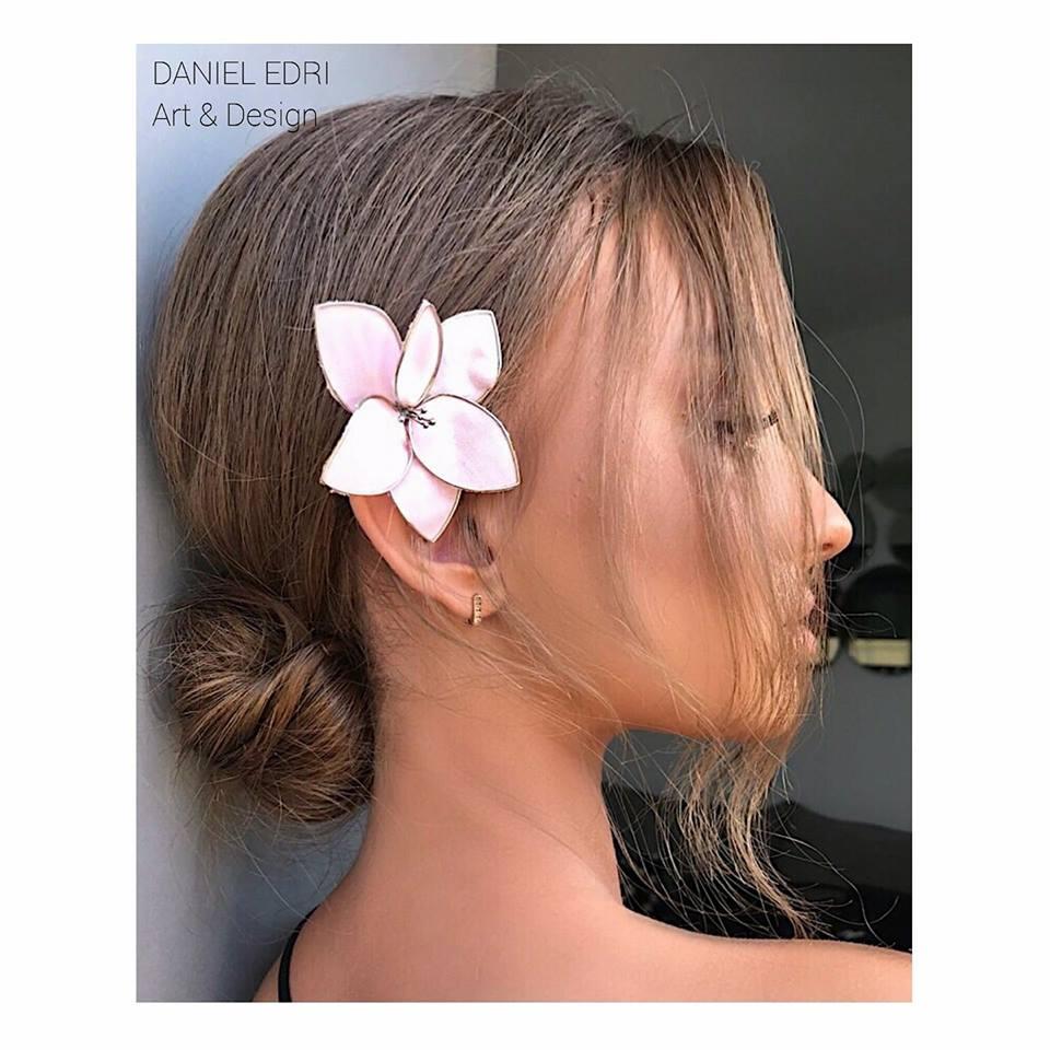 פרח ורוד כסף לשיער