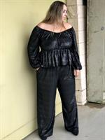 חליפת קואטרו Velvet